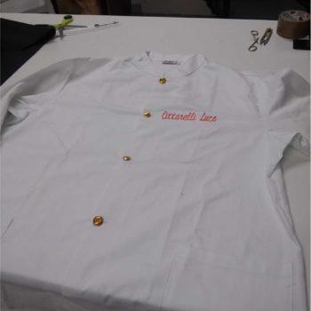 giacca da chef personalizzata con ricamo lato cuore
