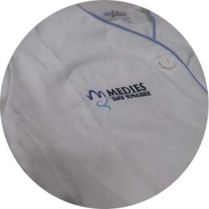 camicie dottore personalizzato con ricamo
